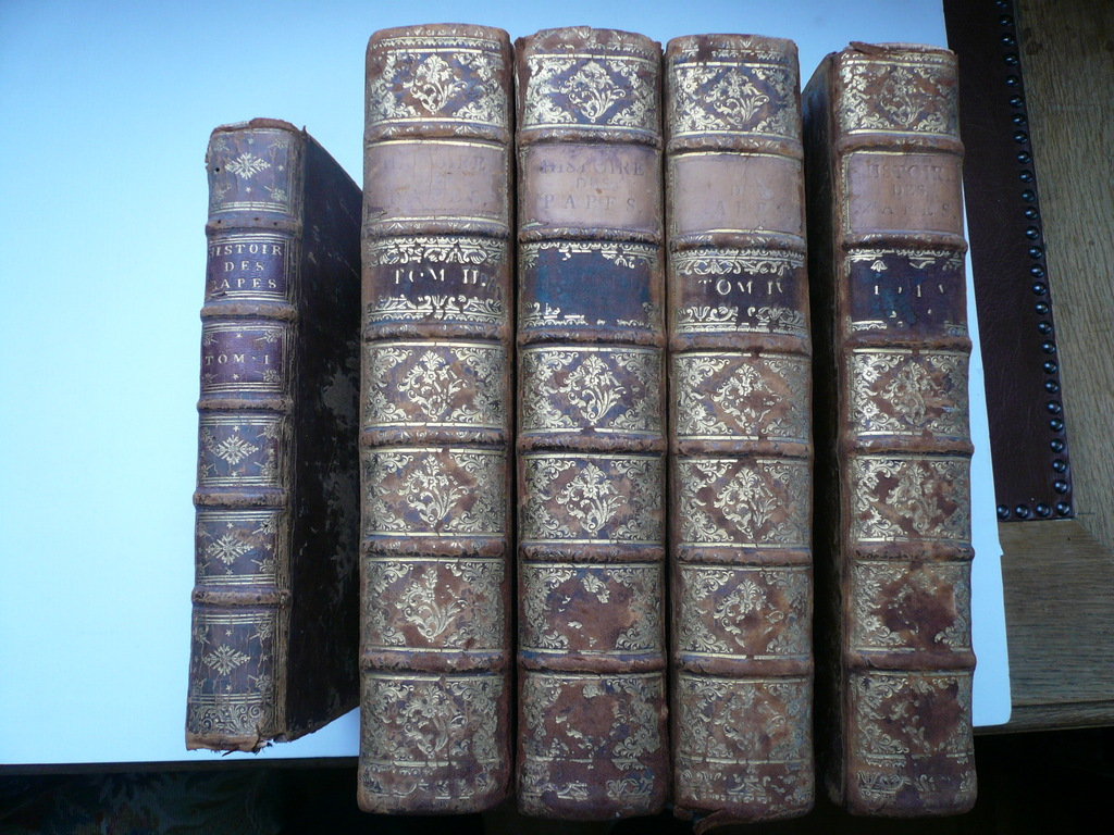 Histoire des Papes, I-V, Bruys F., 1732-34, complete edition